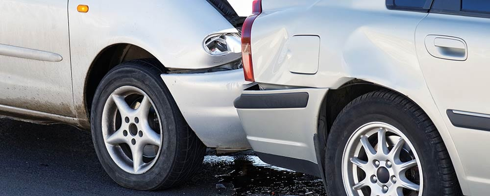 Auto Accident Lawyer St Petersburg Florida - Photo of 2 cars in a rear end collision